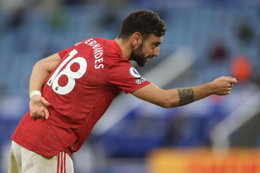 man united suit my winning mentality says fernandes